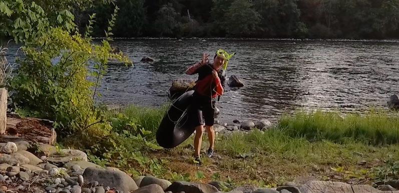Laura nach dem Schnorcheln mit den Lachsen, Campbell River | wat-erleben