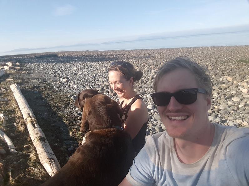 Mit den Hunden am Williams Beach | wat-erleben