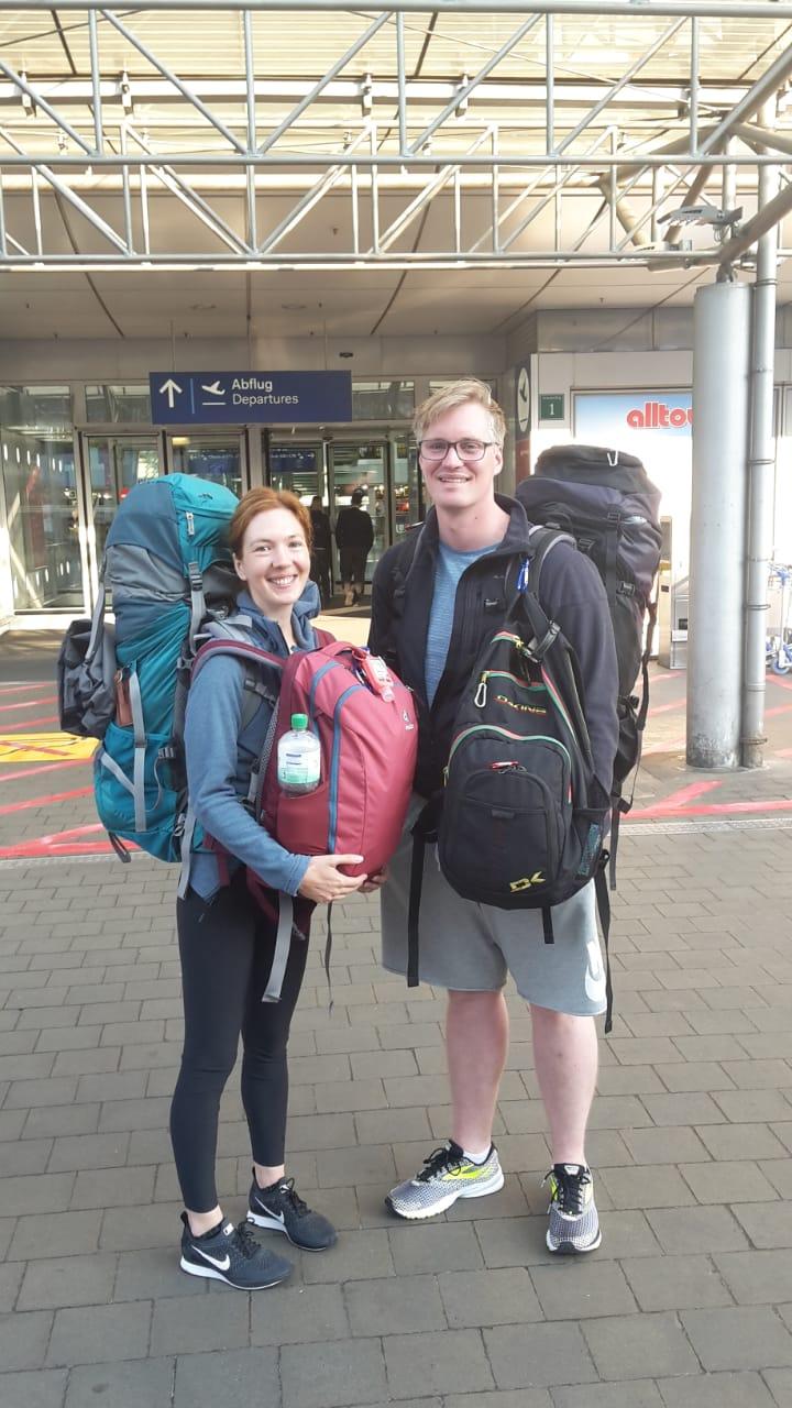 Der Start unserer Weltreise am Düsseldorfer Flughafen | wat-erleben