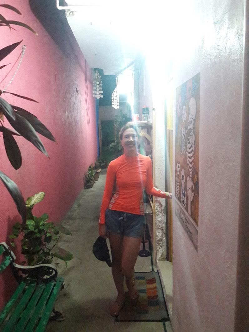 Der Eingang zu unserem Airbnb auf Isla Mujeres | wat-erleben