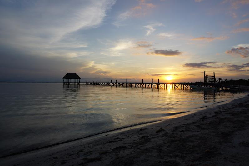 Der Sonnenuntergang wird jeden Abend gefeiert, Isla Holbox | wat-erleben