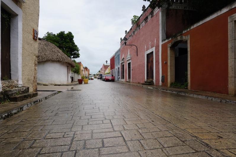 Ruhige weil verregnete Straßen, Valladolid | wat-erleben