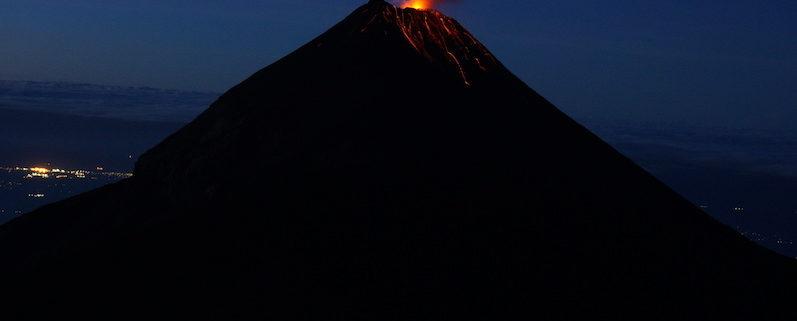 Der Vulkan Fuego am frühen Morgen3 | wat-erleben
