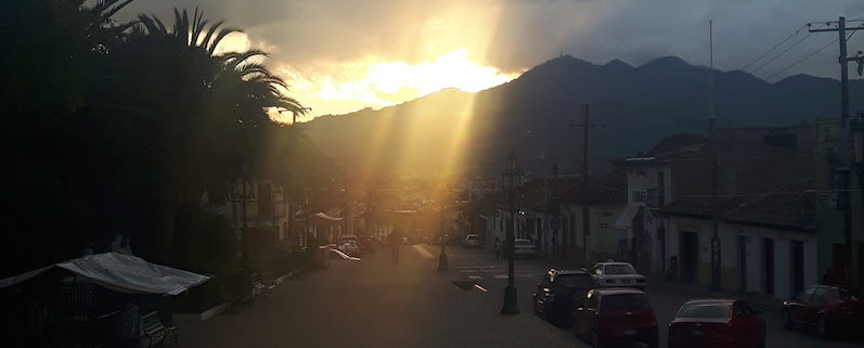 Sonnenuntergang bei der Free Walking Tour in San Cristobal | wat-erleben