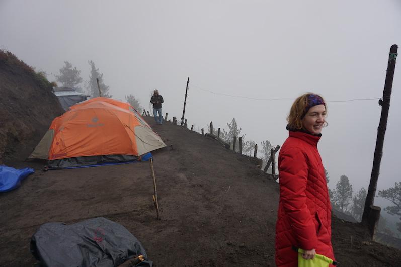 Unser Basecamp, Vulkan Acatenango | wat-erleben