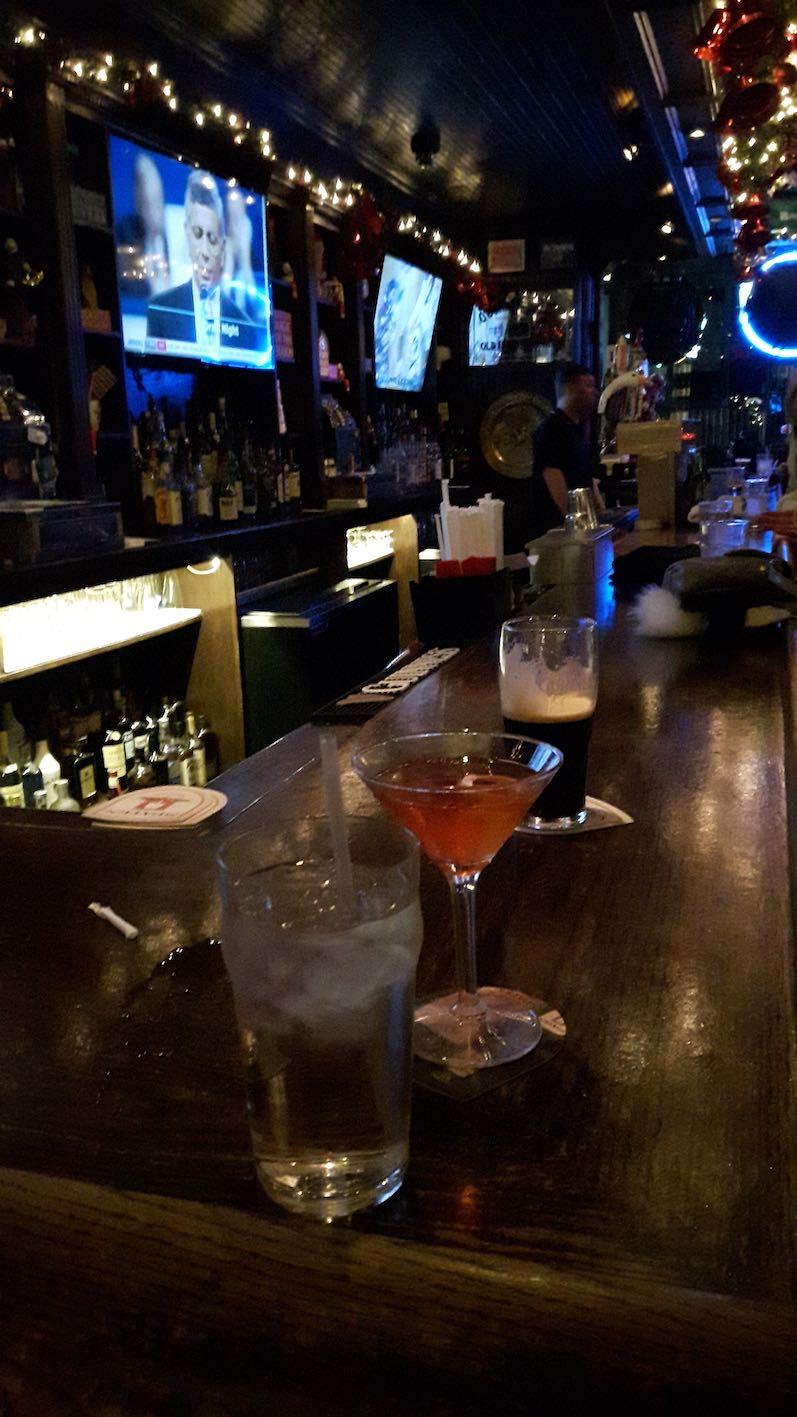 Cheers auf die 31, Cosmopolitan in NYC | wat-erleben