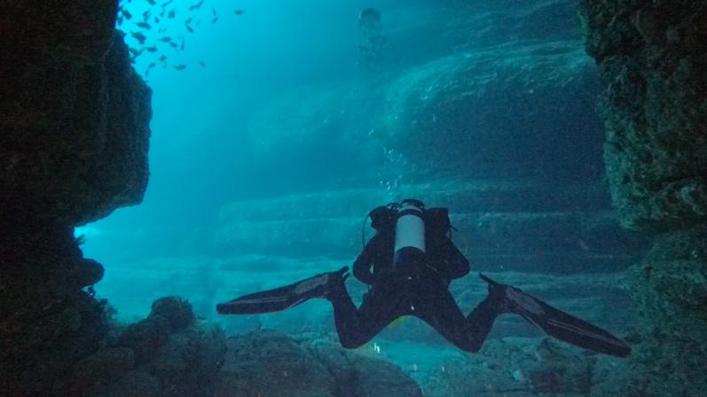 Höhlentauchen im Eagle Hawk Neck, Tasmanien | wat-erleben