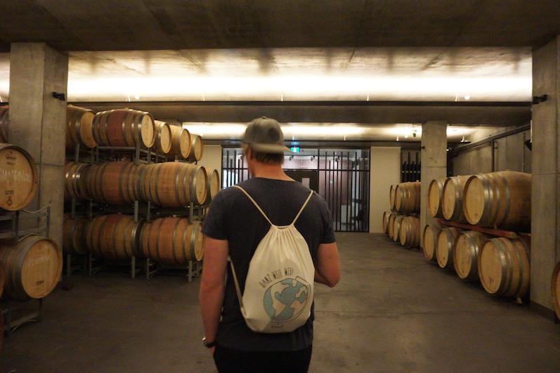 Im Weinkeller angekommen und Halbzeit beim Tasting, Moorilla - Hobart | wat-erleben