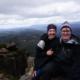 Mit Beweisfoto, wir sind tatsächlich oben angekommen, Cradle Mountain, Tasmanien | wat-erleben