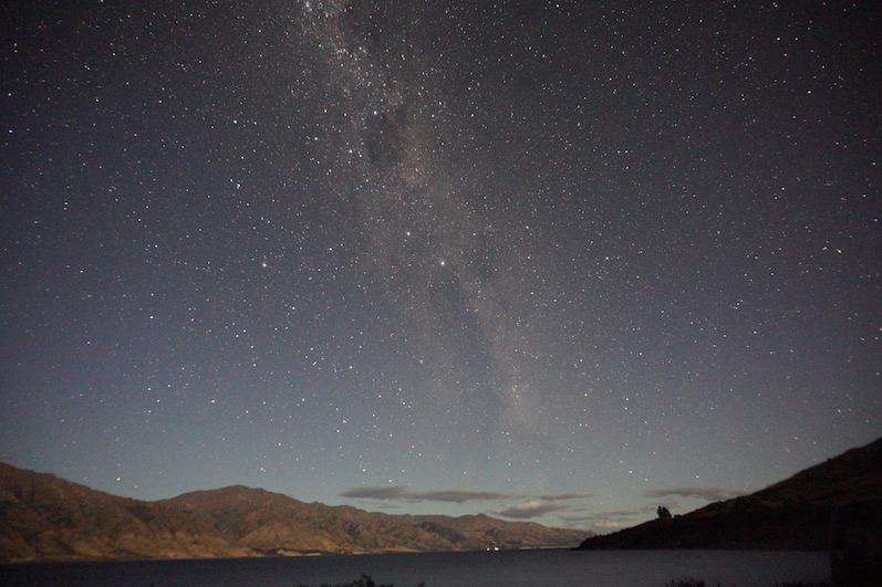 Sternenhimmel und Milchstraße, Lake Hawea, Neuseeland | wat-erleben