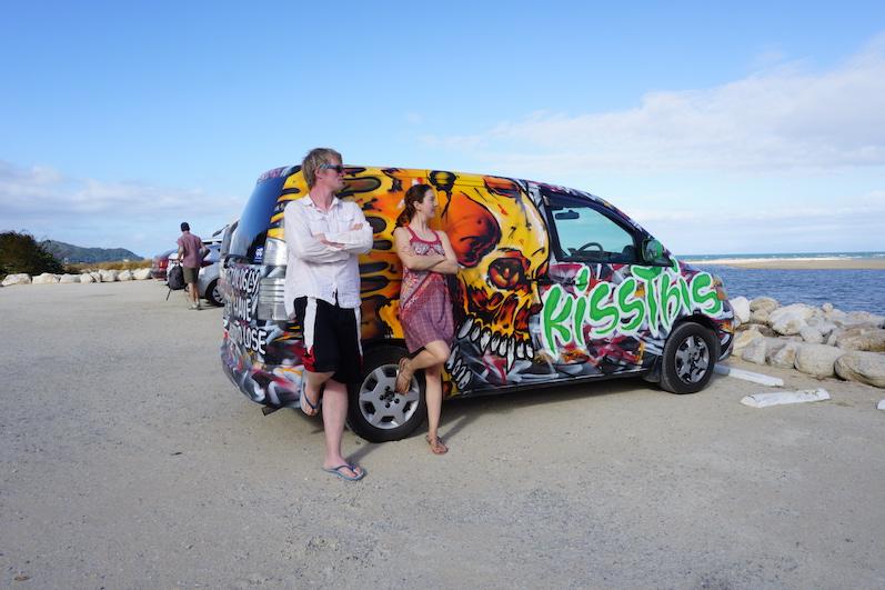 Unser Wagen...you get, what you pay for. Unter Wicked-Fahrern grüßt man sich übrigens. Roadtrip Südinsel, Neuseeland | wat-erleben