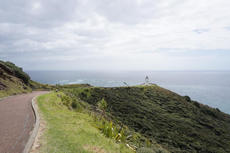 Cape Reinga, wenn man genau schaut, sieht man wie die zwei Meere zusammenlaufen, Neuseeland | wat-erleben