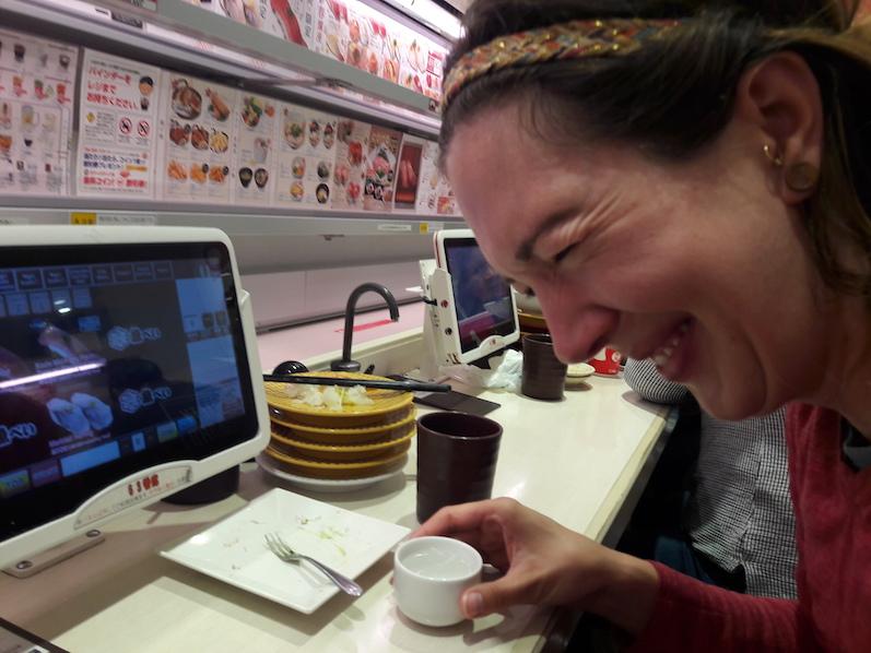 Das ist Lauras Sake-Gesicht, Tokio, Japan | wat-erleben