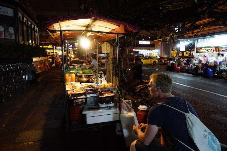 Einer der bisher kleinsten und schönsten Nachtmärke, Patpong, Bangkok, Thailand | wat-erleben