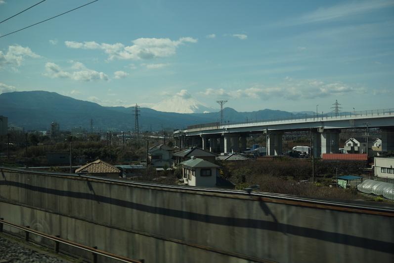 Wir fuhren am Mount Fuji vorbei, Shinkansen, Japan | wat-erleben