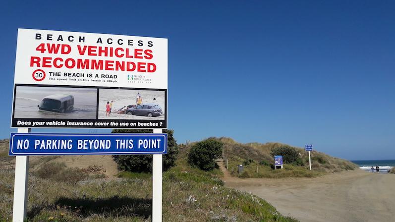 Wir probieren das mit unserem kleinen Mietwagen wohl lieber nicht aus, Ninety Mile Beach, Neuseeland | wat-erleben