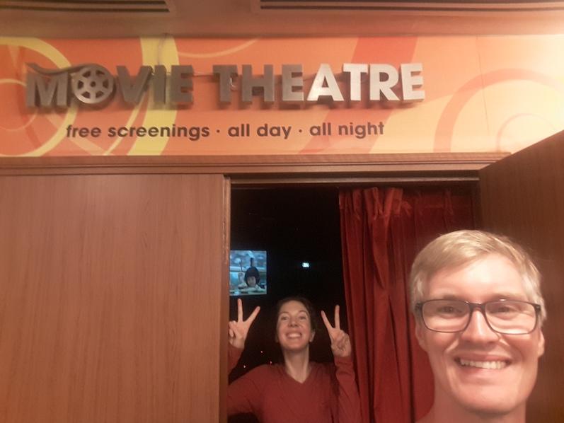 Filme rund um die Uhr - Unser war jetzt nicht ganz so toll, deswegen hielten wir es nur 30 Minuten aus, Singapur | wat-erleben