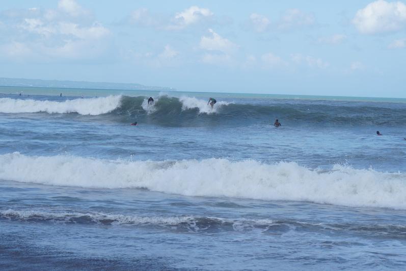 Henning links, ich rechts, niiiiiicht, Echo Beach, Bali | wat-erleben