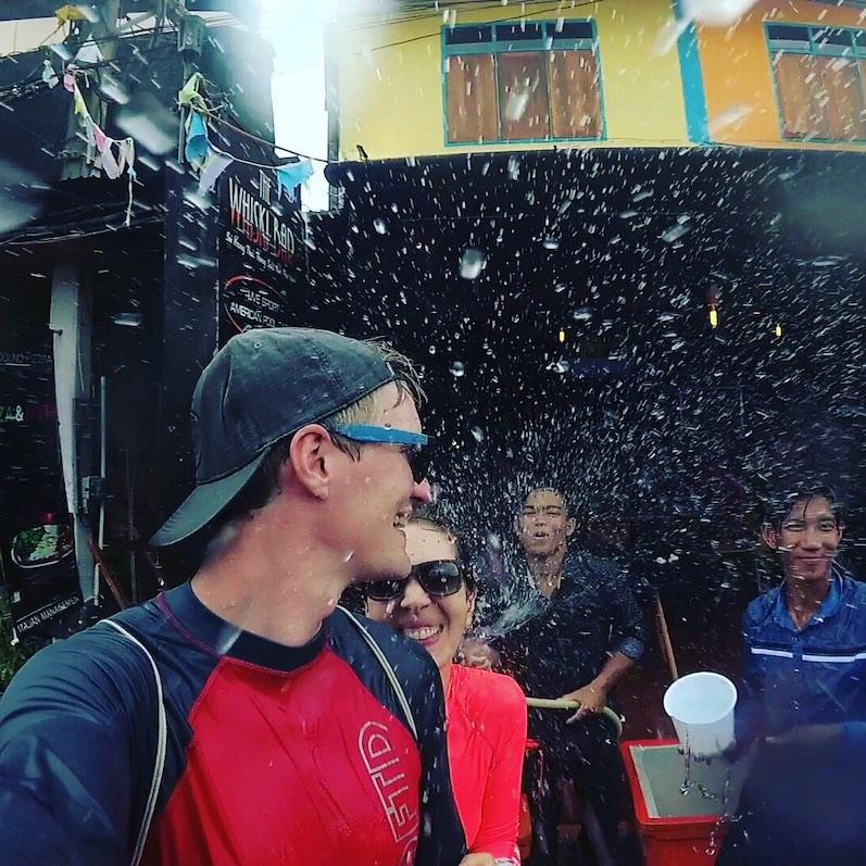 Phase 1 beim Songkran, Koh Phangan | wat-erleben