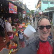 Phase 2 beim Songkran in Koh Phangan | wat-erleben