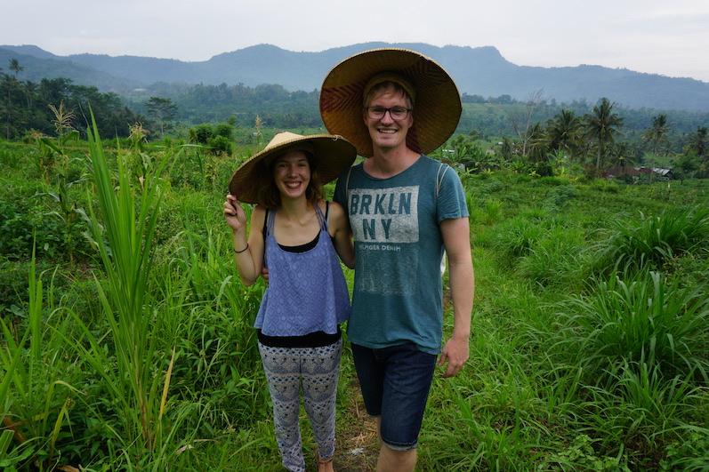 Der Hut steht uns, oder? Sidemen, Bali | wat-erleben