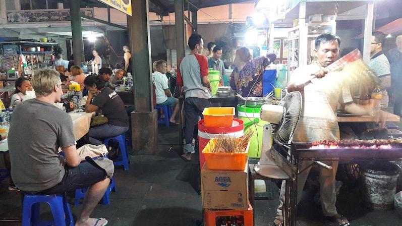 Endlich mal wieder ein Nachtmarkt, Sanur, Bali | wat-erleben