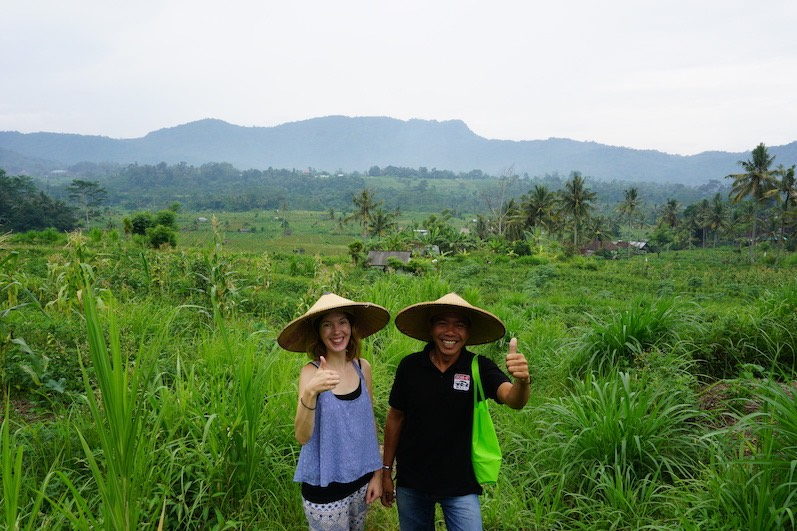 Wanderung durch die Felder mit Mr. Windu, Sidemen, Bali | wat-erleben